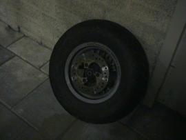 aprilia ralley achterwiel