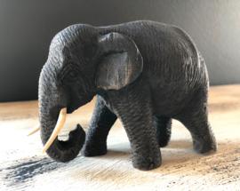 Teakhouten olifantje