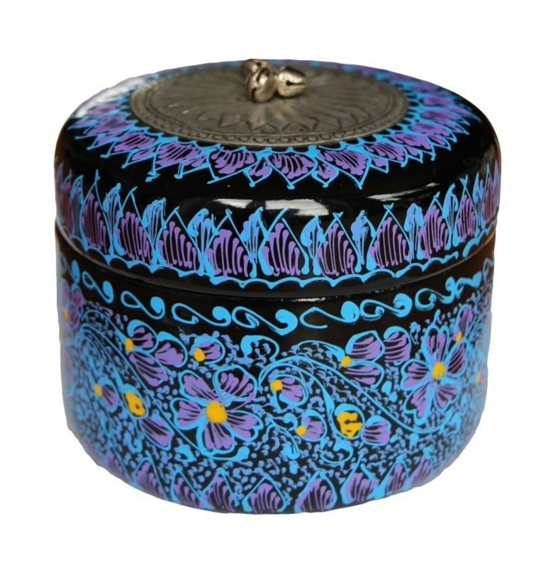 Lacquerware (2)