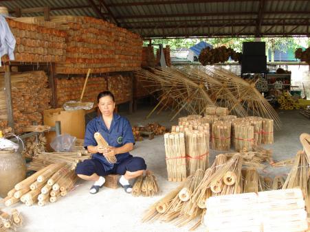handgemaakte bamboe parasol.jpg