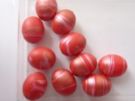 000174.B- 10 stuks kunststof kralen van 14x11mm fuchsia rood gemarmerd OPRUIMING