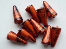 00847- 10 x gemarmerde kunststof kralen kegelvorm 18x8mm roodkoper AANBIEDING