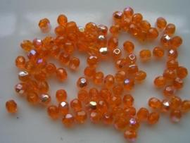 100 x geslepen glaskralen 4mm Ab oranje 108004/0009KA