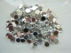 ca. 130 stuks strass stenen kunststof  van 6mm zilver - SUPERLAGE PRIJS!
