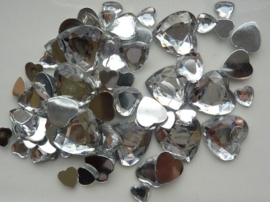 2282 0200- 80 x kunststof strass stenen assortiment hartjes van 8 tot 18mm lang zilver