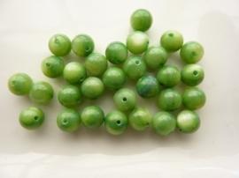 2624- 30 stuks schelpenkralen van 6mm groen