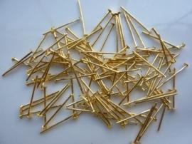 ruim 100 stuks nietstiften van 18mm goudkleur zeer stevig!