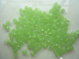 3974- ca. 145 stuks facet geslepen glaskralen 4x3mm jade groen