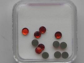 570- 12 x glazen kristalsteentjes plat 3.1mm rood OPRUIMING