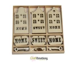 CE811500/0215- 55 stuks houten ornamentjes in een doosje home sweet home 10.5x10.5cm