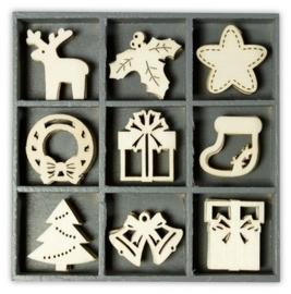1852 1022- box met 45 stuks houten ornamentjes kerst no.2 10.5x10.5cm