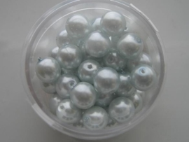 50 x glasparels 8mm licht blauw 117472/3130