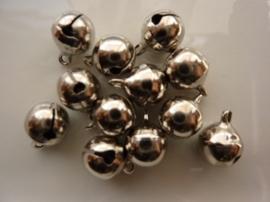 4203- 12 stuks kattebelletjes van 10mm staalkleur