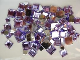 2282 057- 110 x kunststof strass stenen assortiment vierkanten van 6/10/12mm lila