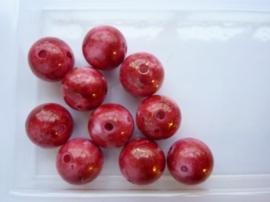 00803- 10 x kunststof kralen gemarmerd 14mm rood/bruin OPRUIMING