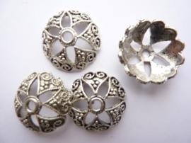 20mm zwaar metalen kralenkapjes 4 stuks antiek zilver - SUPERLAGE PRIJS!- CH.1309.4