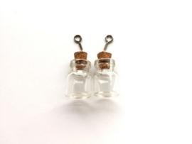 CE453101/2302- 2 stuks glazen flesjes hangers 15x22mm