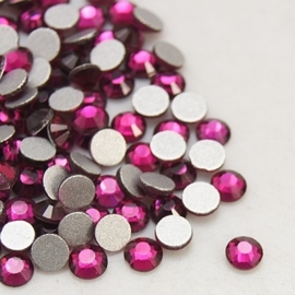 000677- ruim 100 kristalsteentjes SS12 3.5mm fuchsia - SUPERLAGE PRIJS!
