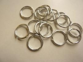 CH.001- 15 stuks aluminium enkele ringen van 15 mm. en 1 mm.  dik