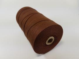 CE890040/1602- 550 mtr katoen macramé touw spoel 1.5mm 500grs - bruin