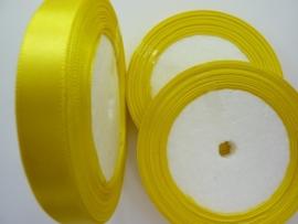 rol met 22.86 meter geel satijnlint van 12mm breed - SUPERLAGE PRIJS!