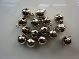4202- 16 stuks mini kattebelletjes van 8mm staalkleur