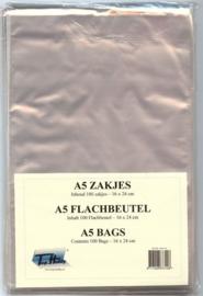 100 x kaartenzakjes 16 x 22-24  cm. met plakstrip (A5 formaat)