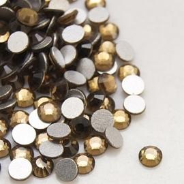 000673- ruim 100 kristalsteentjes SS12 3.5mm smoked topaz - SUPERLAGE PRIJS!