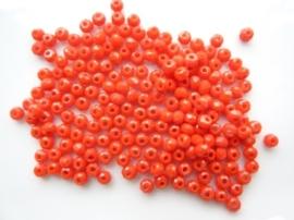 3911- ca. 140 stuks geslepen glaskralen van 2.8x1.8mm opak oranje/rood - SUPERLAGE PRIJS!