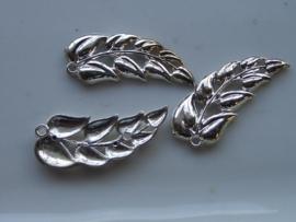 6390- zilveren blaadje voor broche 4x1.5cm