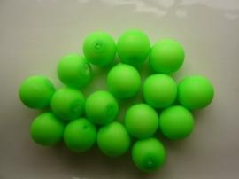 3748- 16 stuks glaskralen van 12mm neon/fluor groen