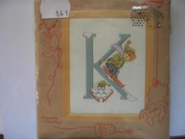 141- letter K  11.5x14.5cm