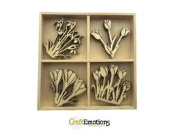 CE811500/0237- 20 stuks houten ornamentjes in een doosje bloemen 10.5x10.5cm
