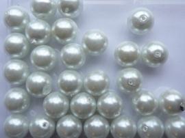 30 x ronde glasparels 10mm ijswit - 2276 speciale prijs zolang de vooraad strekt!