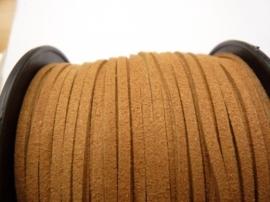 3 meter imitatie suede veter van 3mm breed okerbruin
