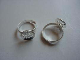 CH.163.15.2- 2 stuks verzilverde ringen met zeefje 12mm verstelbare ringmaat