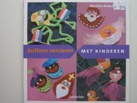 513- buttons versieren met kinderen OPRUIMING BOEKJE