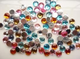 ca. 100 stuks strass stenen mix van 8mm kunststof diverse kleuren - SUPERLAGE PRIJS!