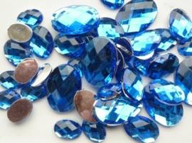2282 0355- 43 x kunststof strass stenen assortiment ovaal van 15 tot 27mm lang d.blauw