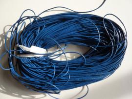 100 meter echt leren veter donkerblauw van 1.5mm dik - AA kwaliteit - SUPERLAGE PRIJS!