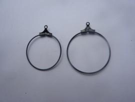 1 paar oorringen Creolen om aan oorhaakjes te hangen 2.5cm zwart OPRUIMING