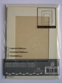000124- 3 x standaard formaat dubbele kaarten + enveloppen licht bruin