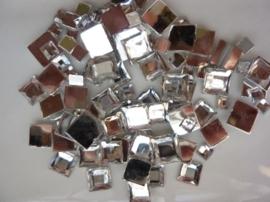 2282 000- 110 x kunststof strass stenen assortiment vierkanten van 6/10/12mm zilver