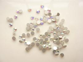 000600- ruim 100 hotfix kristalsteentjes SS12 3.5mm crystal AB - SUPERLAGE PRIJS!