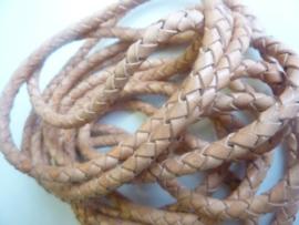 1 meter gevlochten leren veter van 4,5 mm. dik - naturel