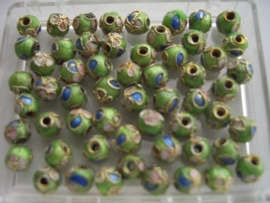6 mm. CLOISSONNE kralen 14 stuks lichtgroen 1352