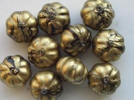 0834- 10 x gemarmerde kunststof kralen bloemmodel goud/zwart 13x10mm OPRUIMING