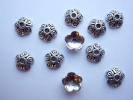 10mm kralenkapjes 10 stuks zilverkleur - SUPERLAGE PRIJS!- CH.129-10