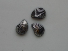5156- 3 x  glas schelp 13.5x9.5mm metallic grijs