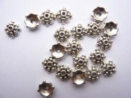 8mm kralenkapjes 20 stuks antiek zilver - zwaar metaal - CN.664.20